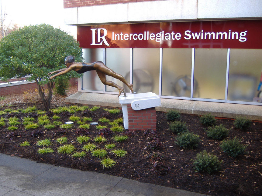 LRU pool entrance