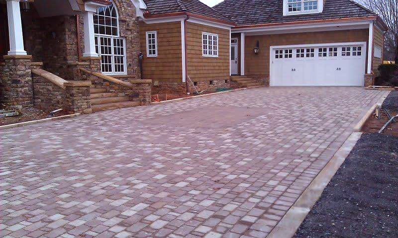 Redmond paver driveway